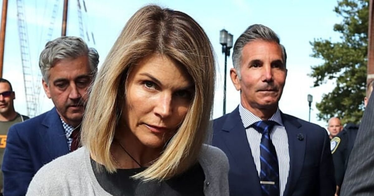untitled design 1 14.jpg?resize=1200,630 - Lori Loughlin And Mossimo Giannulli Signed A Plea Deal To Avoid Years In Prison Over College Admission Scandal