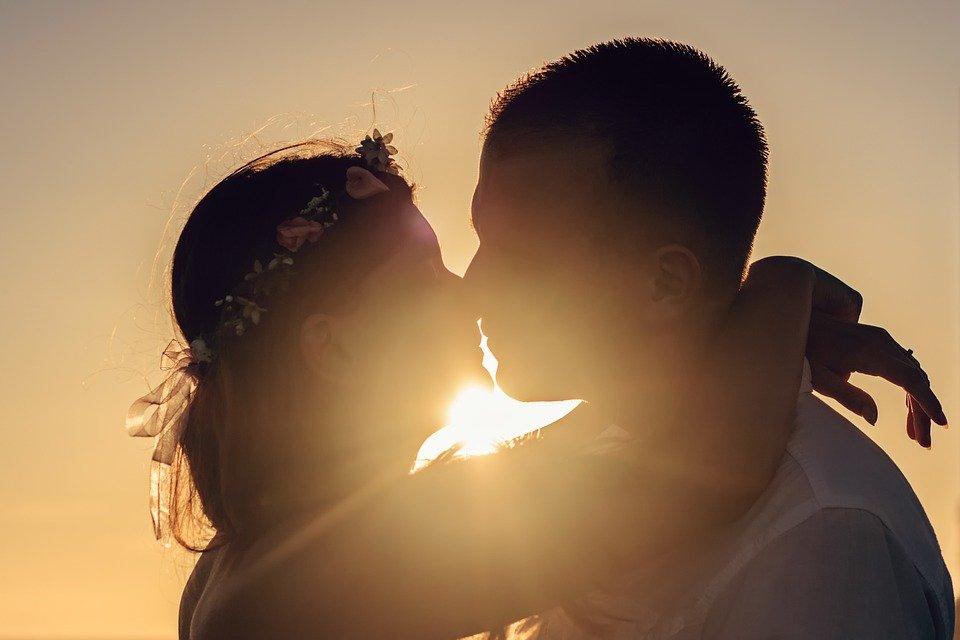 사랑, 감정, 몇 가지, 젊은 커플, 키스, 분위기, 실루엣, 여름, 그란 카나리아, 카나리아 제도