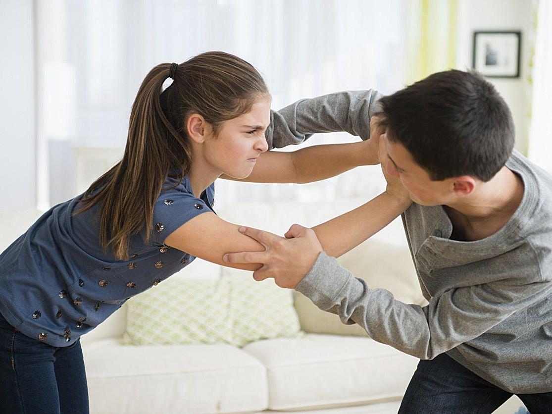 Qué hacer cuando los hijos se pelean