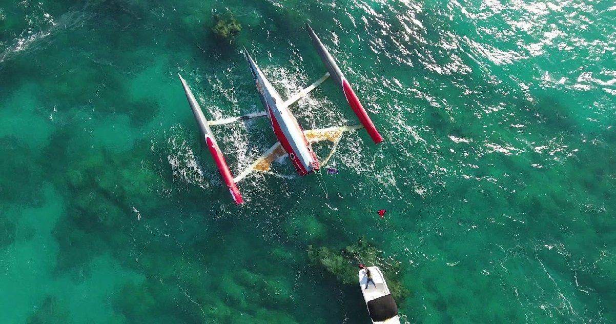cata.jpg?resize=412,232 - Naufrage: un catamaran qui a chaviré il y a trois ans au large du Portugal a été retrouvé... aux Bahamas
