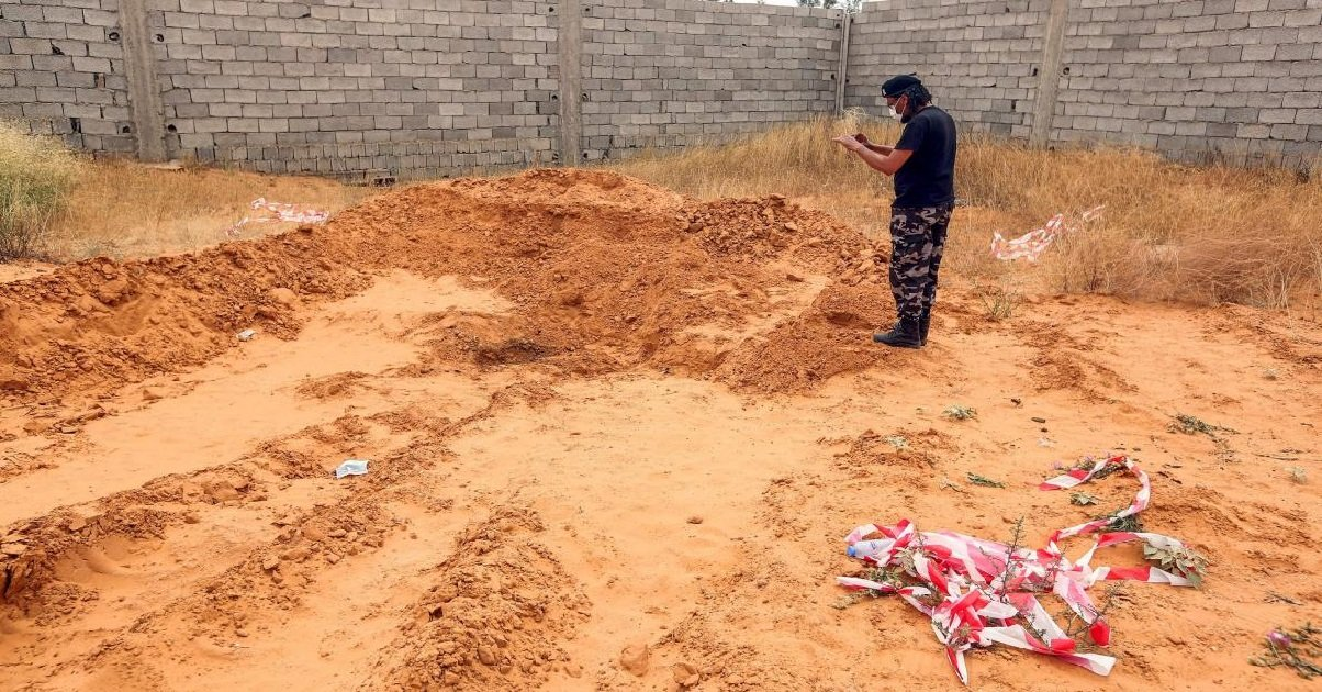 charnier.jpg?resize=1200,630 - Libye: au moins huit charniers ont été découverts dans l'ouest du pays