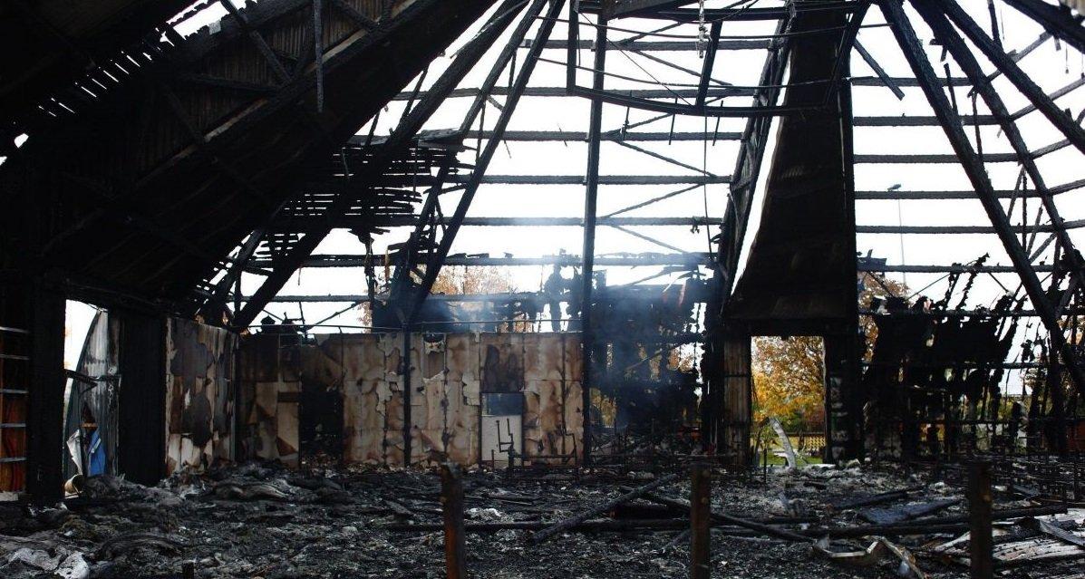 cirque.jpg?resize=1200,630 - Yvelines: trois personnes suspectées de l'incendie du chapiteau du cirque de Chanteloup ont été interpellées