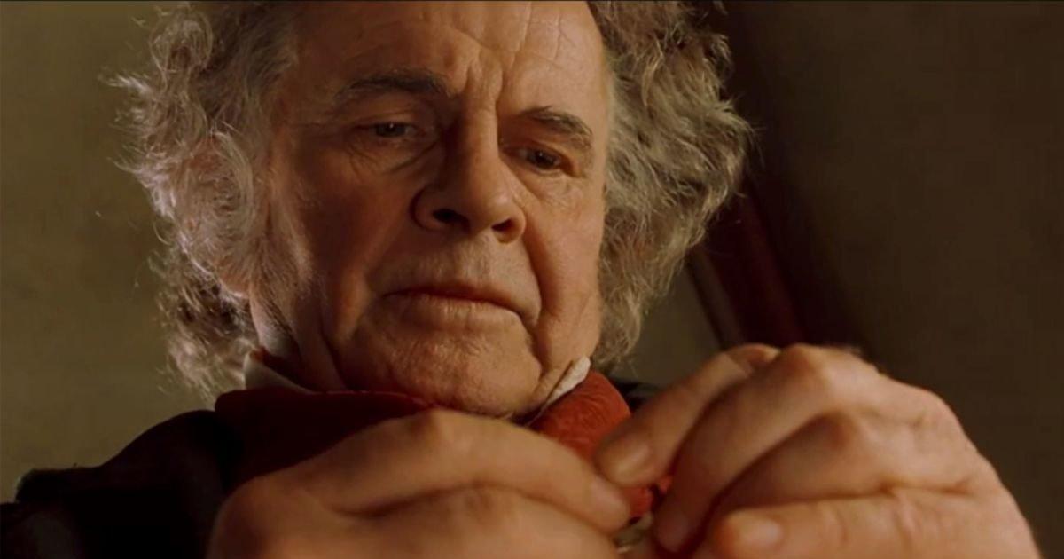 """cnn 6 e1592574351445.jpg?resize=300,169 - Ian Holm, Bilbon le Hobbit dans """"Le Seigneur des anneaux"""", est décédé"""
