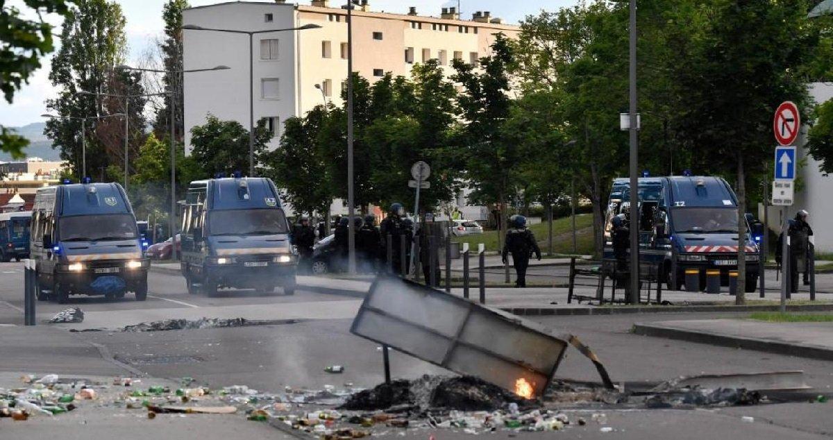 dijon 2 1.jpg?resize=1200,630 - Dijon: le ministère de l'Intérieur va étudier la possibilité d'expulser tout étranger impliqué dans les violences