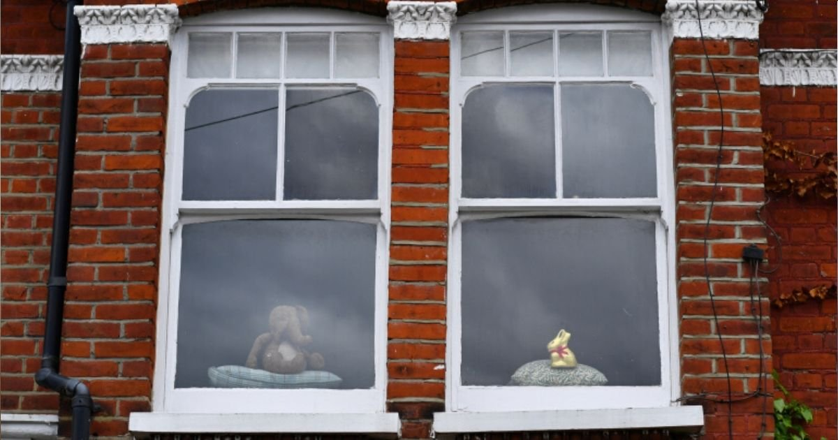 diseno sin titulo 13 1.jpg?resize=1200,630 - Inquilinos Descubren A Un Hombre Que Ha Estado Viviendo Secretamente En Su Casa