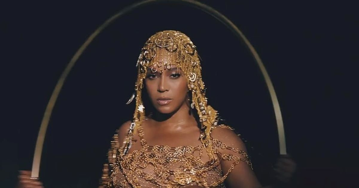 ec8db8eb84ac 2 18.jpg?resize=1200,630 - Beyoncé Is Saying 'Black Is King' In Her New Promotional Video With Disney Plus