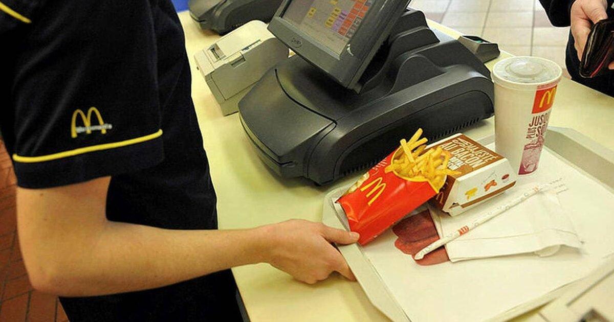 mjaymda2mdczowi1mjnmmdawzduwymy5mgy3zwqwmgvlzwvinwy e1593099936403.jpeg?resize=300,169 - Agde : 2 employés d'un McDonald's tabassés par quinze personnes refusant de porter un masque