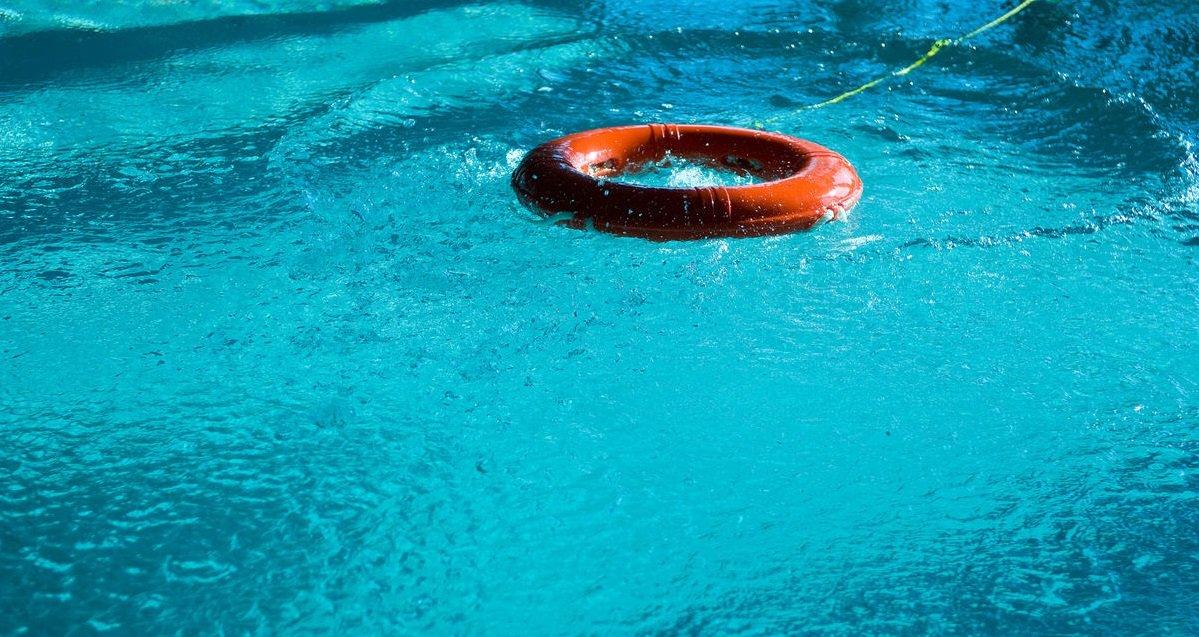 piscine.jpg?resize=1200,630 - Calais: un bébé de 18 mois est tombé dans une piscine gonflable, il échappe in extremis à la mort !