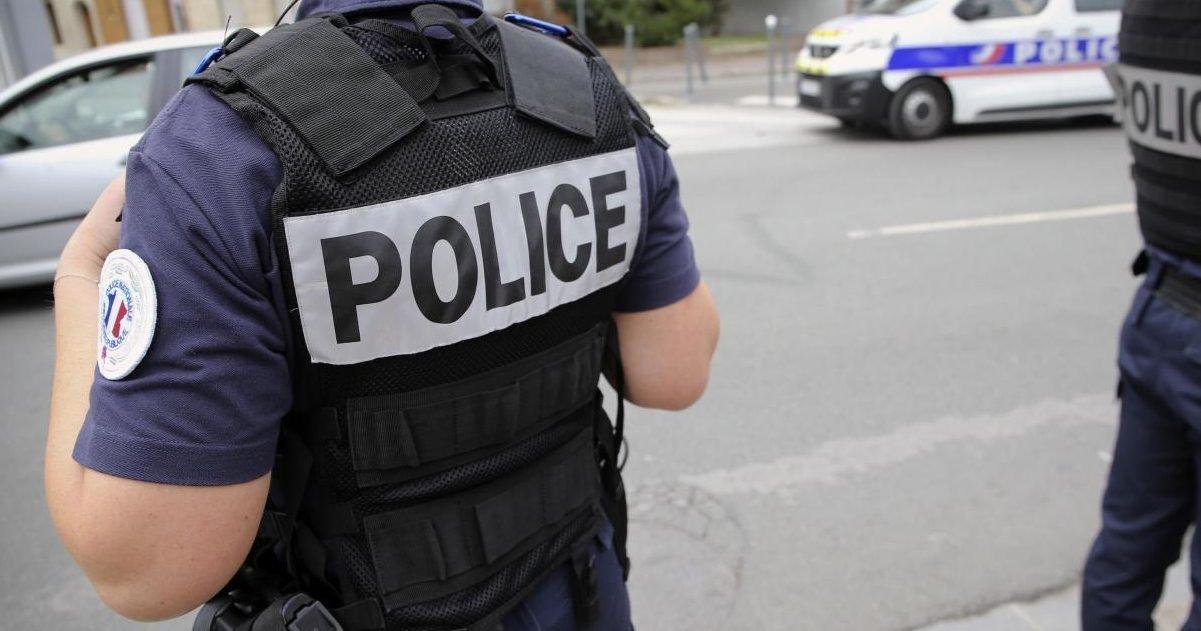 policier frappé