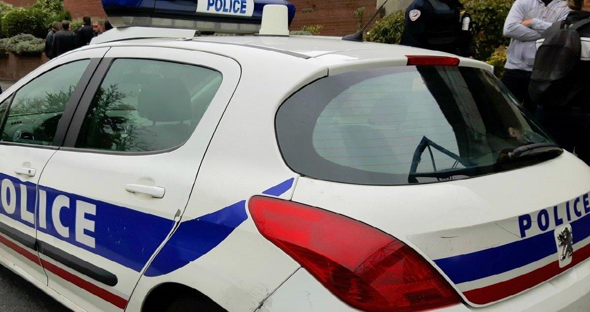 police 7.jpg?resize=300,169 - Val-de-Marne: un père tue son bébé de cinq mois parce qu'il était jaloux de lui