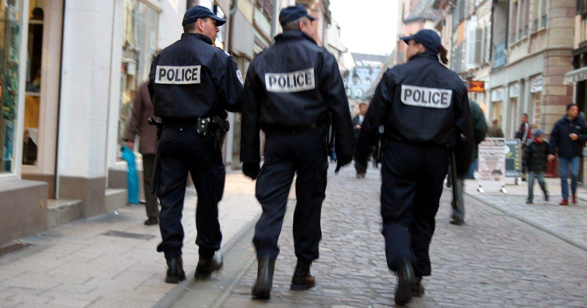 policiers.png?resize=1200,630 - Un deuxième groupe Facebook dans lequel des policiers échangent des propos racistes vient d'être dévoilé