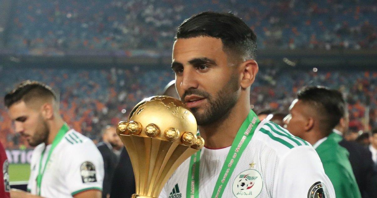 riyad.jpg?resize=412,232 - Angleterre: le footballeur Riyad Mahrez a été cambriolé et a perdu beaucoup d'objets de luxe