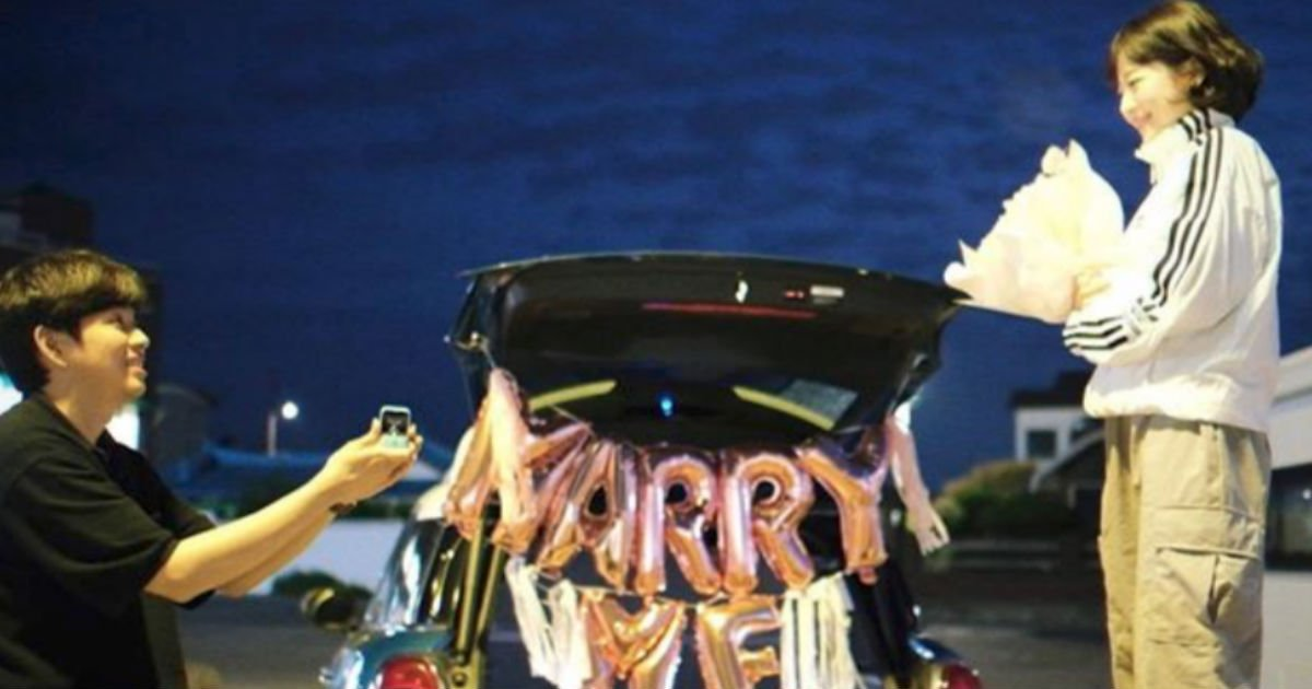 "skcouple.jpg?resize=412,232 - ""큰일이다""...8년 연애 종지부 찍고 드디어 '결혼'하는 유튜버 소근커플"