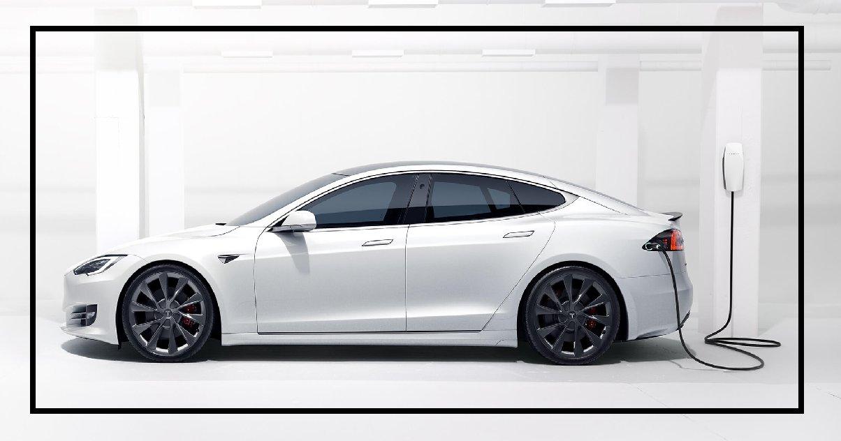 tesla.png?resize=412,232 - Allemagne: à cause d'un bug informatique, un homme a commandé... 27 Tesla