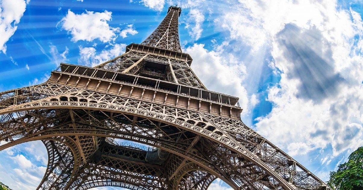 tour eiffel.jpeg?resize=1200,630 - Paris: la Tour Eiffel va rouvrir au public mais il faudra être en forme pour monter dessus