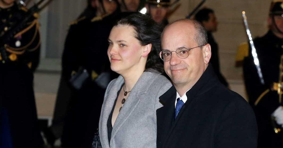 yahoo actualites 2 e1592996545562.jpg?resize=1200,630 - Jean-Michel Blanquer et sa femme divorcent après 2 ans de mariage
