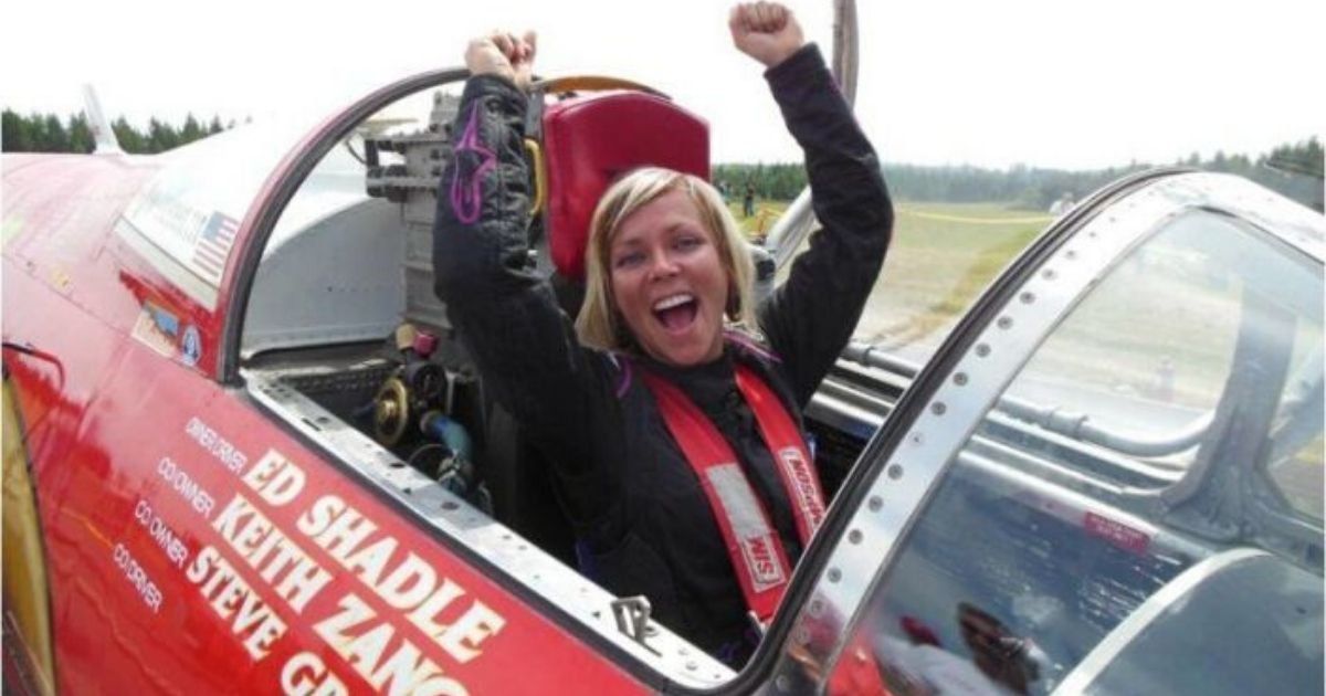 yahoo news source2.jpg?resize=1200,630 - Race Car Driver Jessi Combs Has Been Named The Fastest Woman on Earth by Guinness