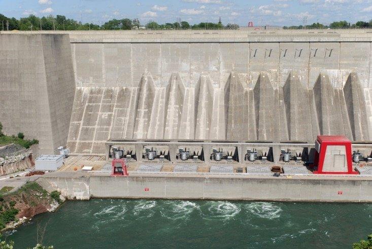 Niagara Falls drained