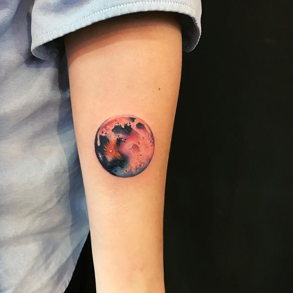 Moon Tattoos With Meaning - Crescent Moon Tattoo