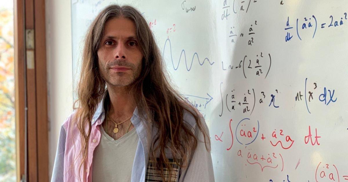 aurelien barrau e1595525383127.jpg?resize=1200,630 - Port du masque obligatoire : L'astrophysicien Aurélien Barreau a un message pour les anti-masques