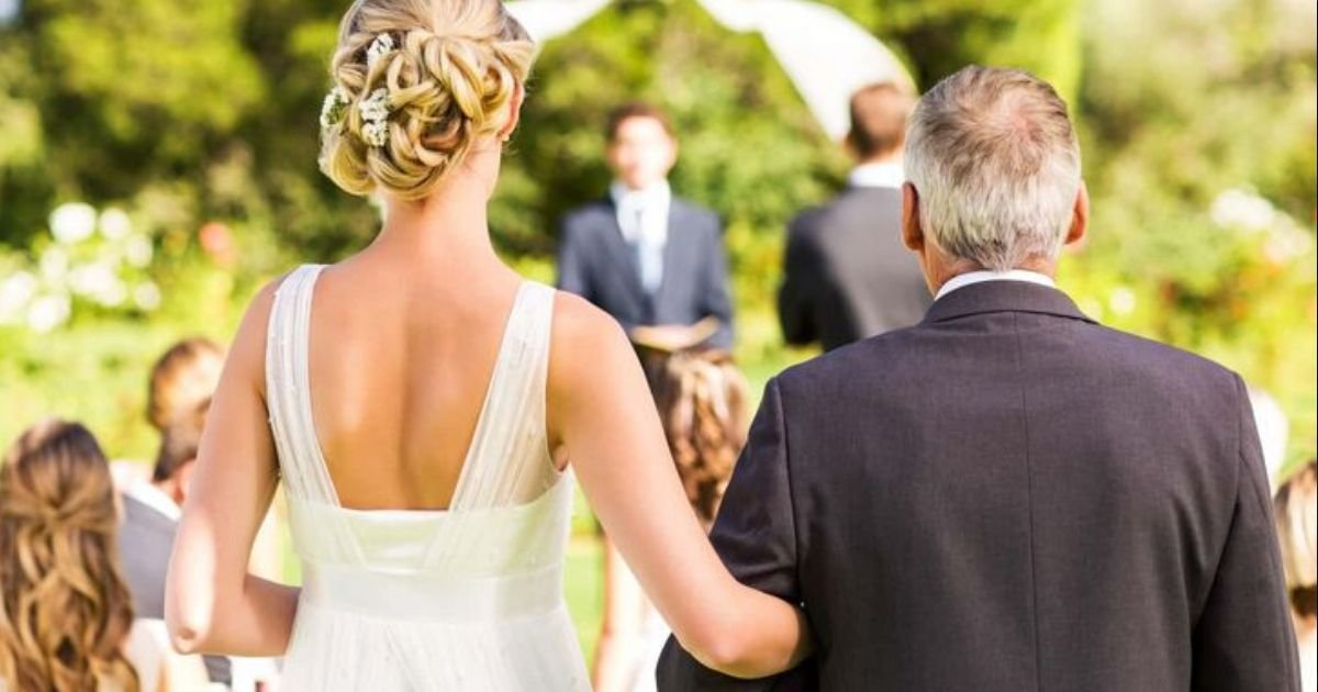 diseno sin titulo 59.jpg?resize=412,232 - Novia Se Divorcia A Los 3 Minutos De Casarse Porque Su Nuevo Esposo La Insulta Delante De Los Invitados