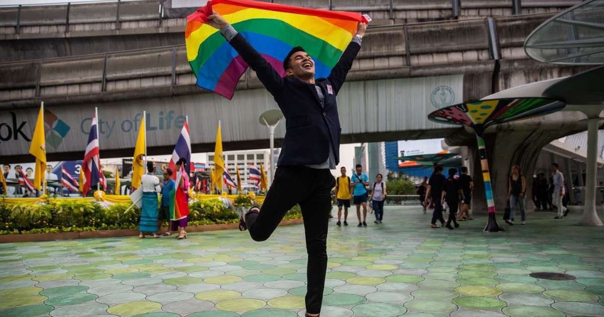 ec8db8eb84ac 2 9.jpg?resize=412,232 - Thai LGBTQ Couples May Now Be Given Civil Partnership Status, Second In Asia