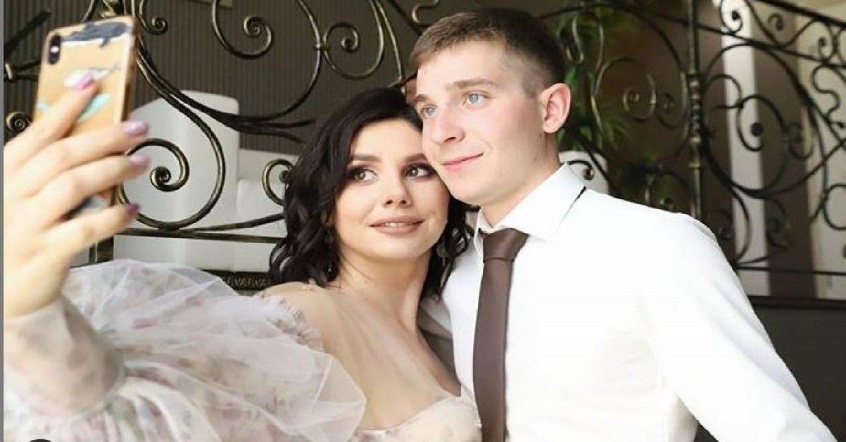 marina balmasheva.jpg?resize=1200,630 - Insolite: une mère a quitté son mari pour se marier avec son fils