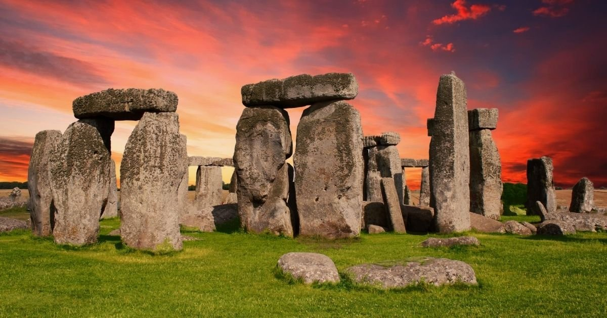 rocks5.jpg?resize=412,275 - The Mystery Of Stonehenge Has Finally Been Solved By Archeologists