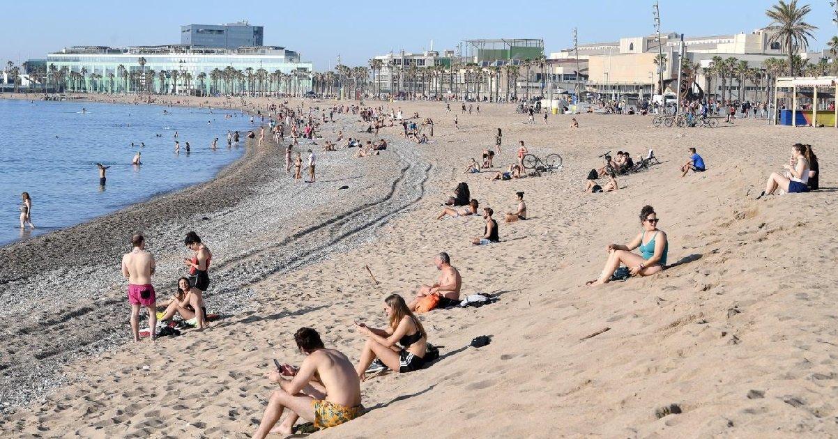 spain.jpg?resize=1200,630 - Coronavirus: en Espagne, la police sillonne les plages pour faire respecter les consignes sanitaires