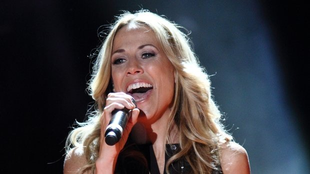 how old is Sheryl Crow
