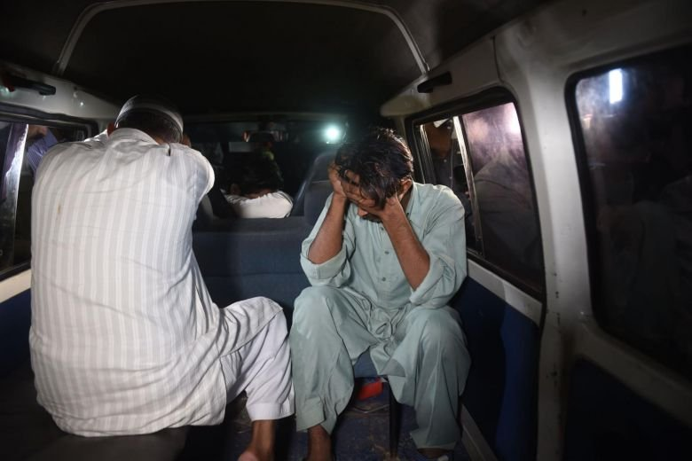 Pakistan hangs child killer after death sparked riots, South Asia ...