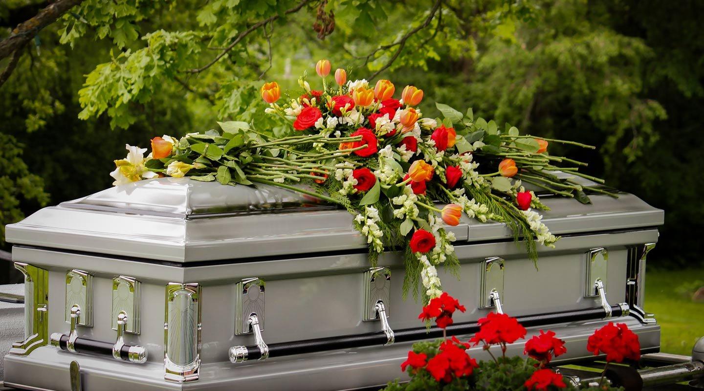 estación del año en la que se hacen más servicios funerarios | Reporte Indigo