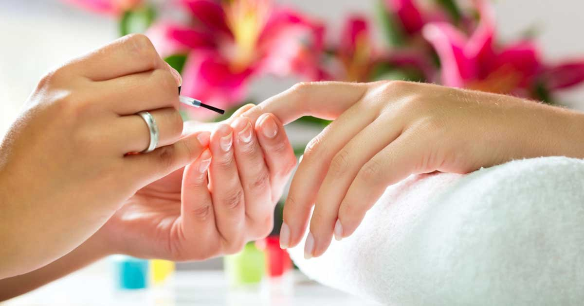 8b9d3255 shutterstock 113068372 xxxlarge 2x 1080x675.jpg?resize=1200,630 - Woman Showed Up For A Nail Salon Appointment 2 Days After Testing Positive For Coronavirus