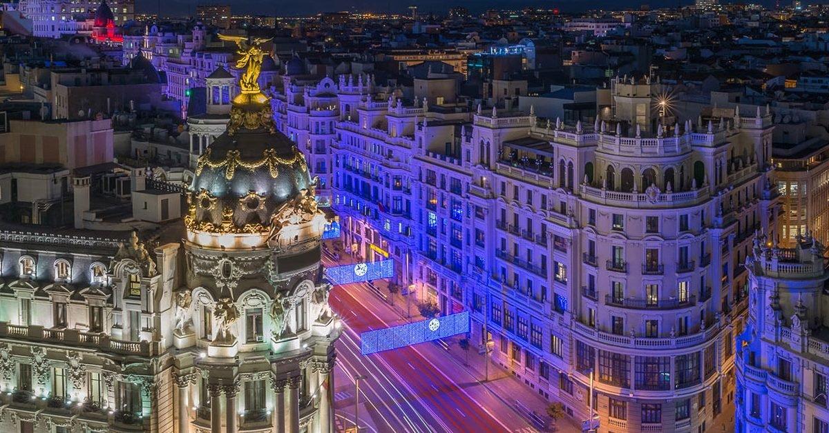 calle gran via madrid s333961043 e1598163779240.jpg?resize=1200,630 - Covid-19 : Madrid recommande à ses habitants de rester chez eux