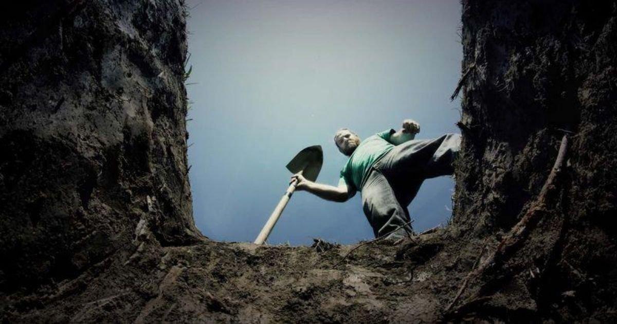 diseno sin titulo 80.jpg?resize=412,232 - Hombre Excava La Tumba De A Una Niña Pequeña Para Tener Relaciones Con El Cuerpo