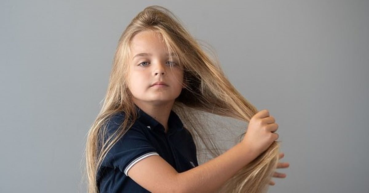 ec8db8eb84ac 1 15.jpg?resize=1200,630 - 9-Year-Old Boy Grows 2ft Hair Just To Donate Them To Child Cancer Friends