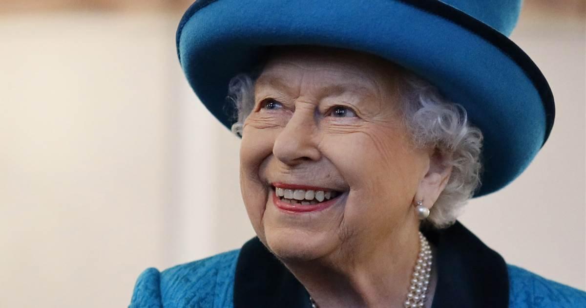 ec8db8eb84ac 1 8.jpg?resize=412,275 - Queen of England Abandons Church Services Amid Precautions Against COVID-19