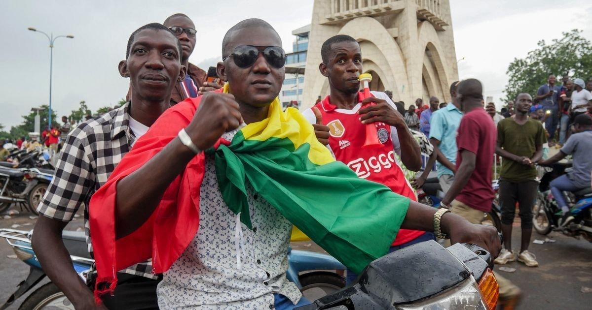 ec8db8eb84ac 3 24.jpg?resize=412,275 - Coup D'Etat In Mali Takes Down Incumbent President