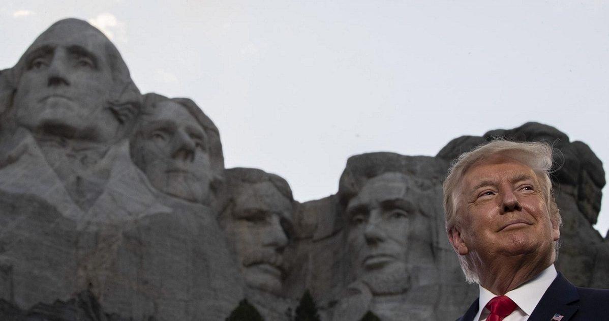 """le temps 1 e1597056768269.jpg?resize=412,232 - Donald Trump """"rêve"""" d'ajouter son portrait au Mont Rushmore"""
