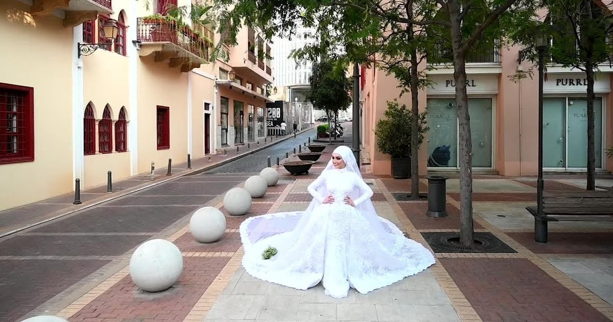 maxresdefault 3 1 e1596733997204.jpg?resize=412,232 - Liban : Un couple célébrait leur mariage au moment de l'explosion à Beyrouth