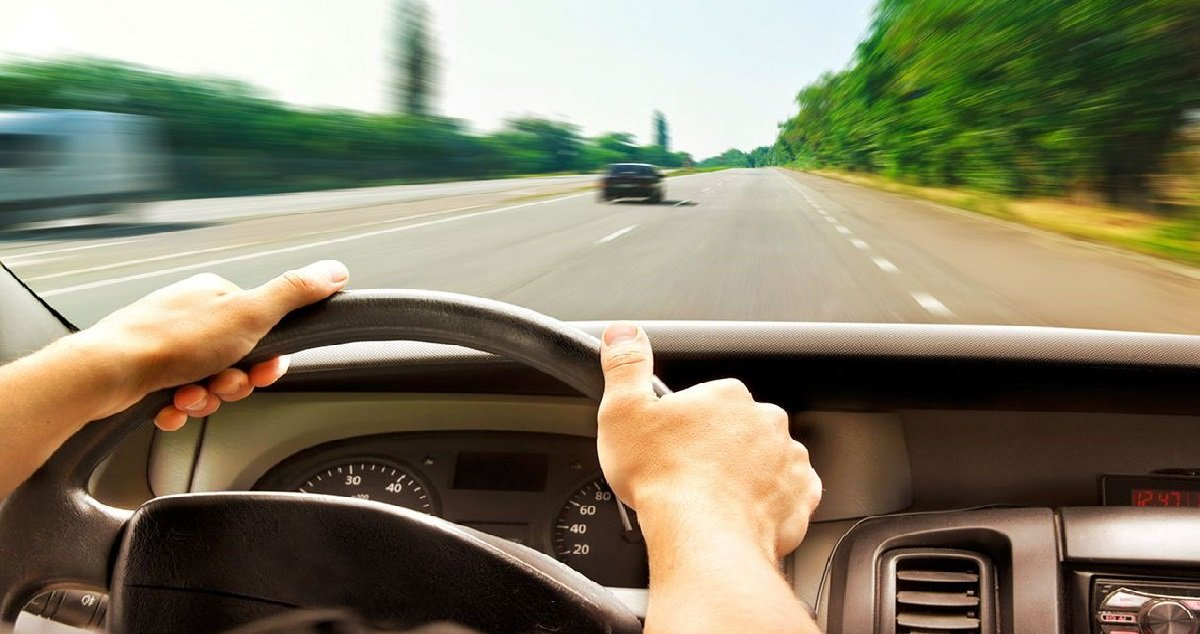 vitesse.jpg?resize=412,232 - Record de vitesse: un adolescent roulait à 205 km/h dans une zone limitée à 50 km/h