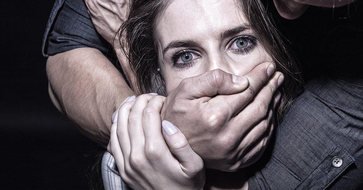 what is an abusive relationship e1596504147201.jpg?resize=412,232 - Ces 5 signes physiques qui montrent que vous êtes dans une relation toxique