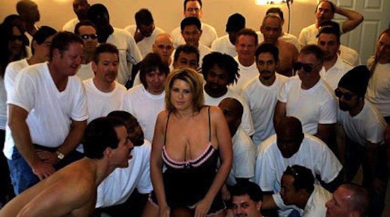 Lisa Sparx Se Acostó Con 919 Hombres En Un Día
