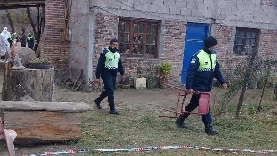 Una mujer murió en Tucumán quemada por su hijo, quien luego se suicidó - Telefe Noticias