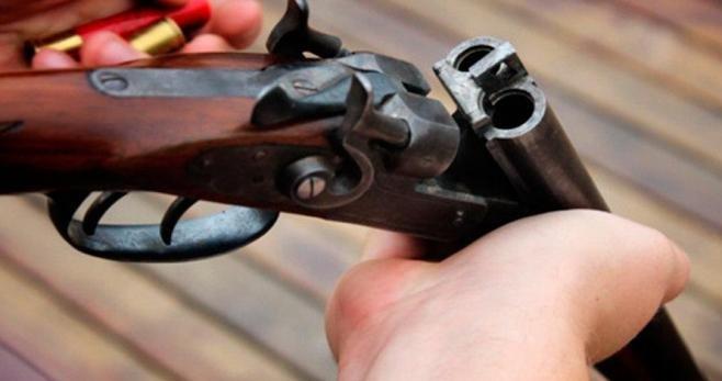 Muere un niño de 11 por un disparo de escopeta en Málaga