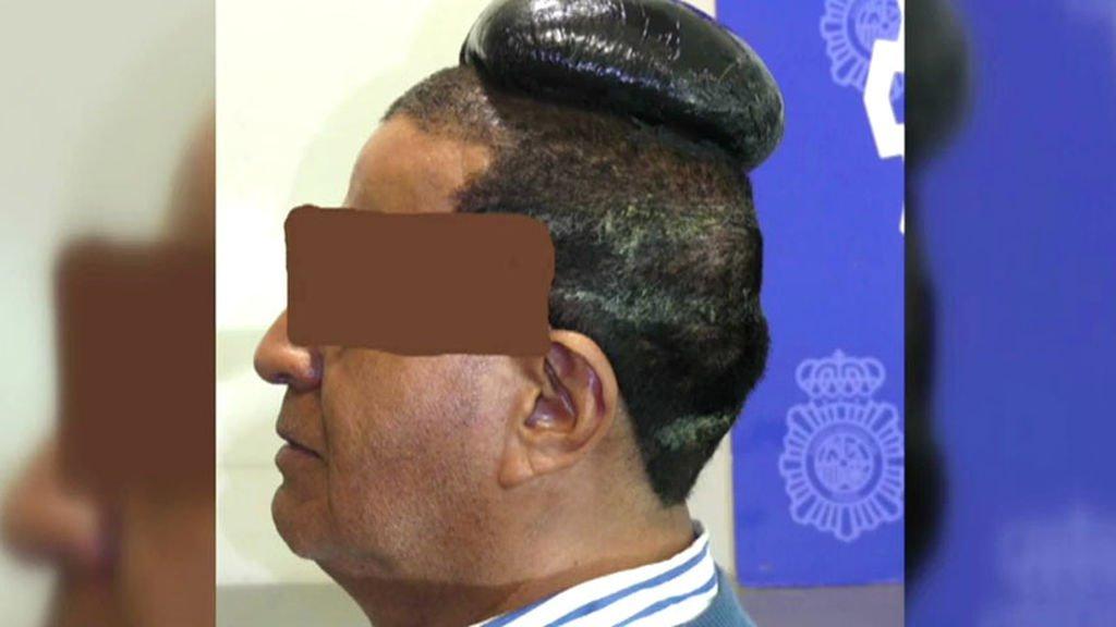 5 años de cárcel para un hombre que intentaba ocultar droga debajo de su peluquín