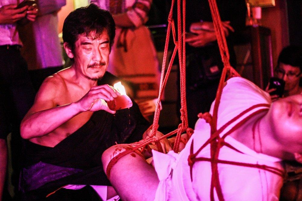 what is shibari performance