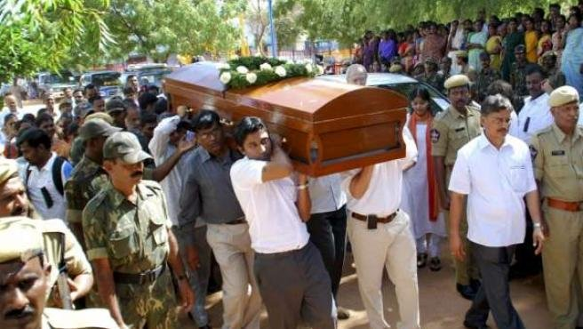 Multitudinario funeral de Estado en la India para despedir al español Vicente Ferrer