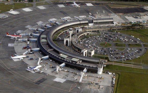 Afectados por proyecto de segunda pista del Aeropuerto José María Córdova - La Prensa Oriente