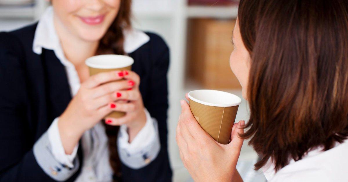 amitie au travail.png?resize=412,232 - Se faire des amis au travail est important pour votre bien-être personnel et professionnel